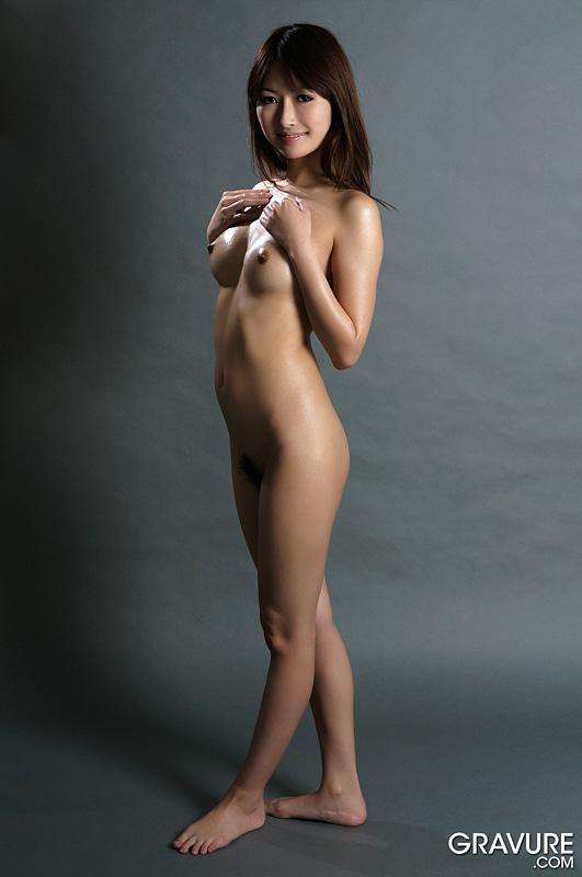 Gravure-Model-Mana-Aoki-1